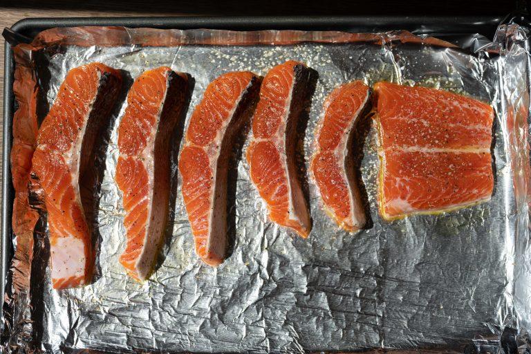 baked salmon in pan