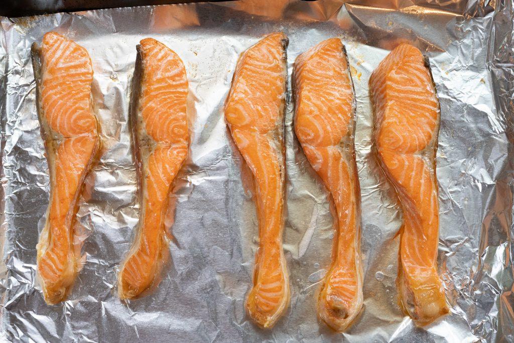 shioyaki salmon pan